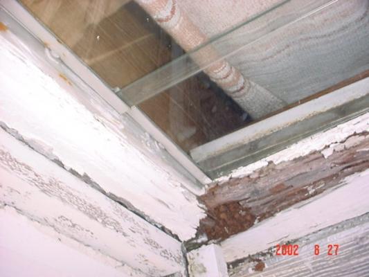 Théatre Expertise termite et dégat des eaux Beau Bassin ILES MAURICE 2002.jpg