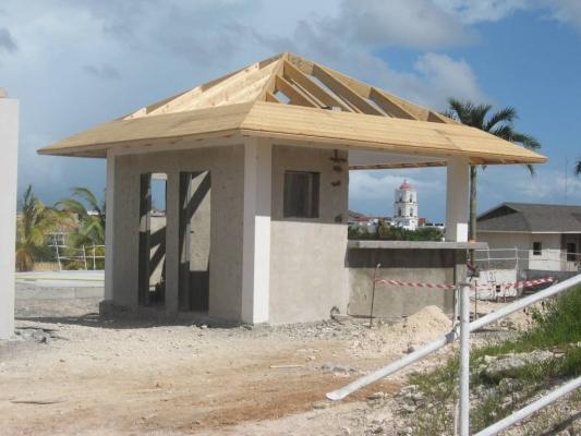 Aquabar structure BLC Posé Cayo Santa Maria CUBA 2012.jpg