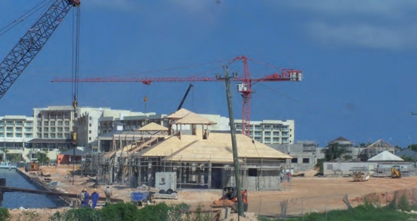 Terminal de catamaran, structure complexe BLC, Marina Varadero, CUBA 2014.jpg